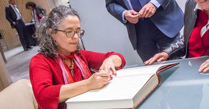 La senadora Patricia Ayala asumió la Presidencia de la República