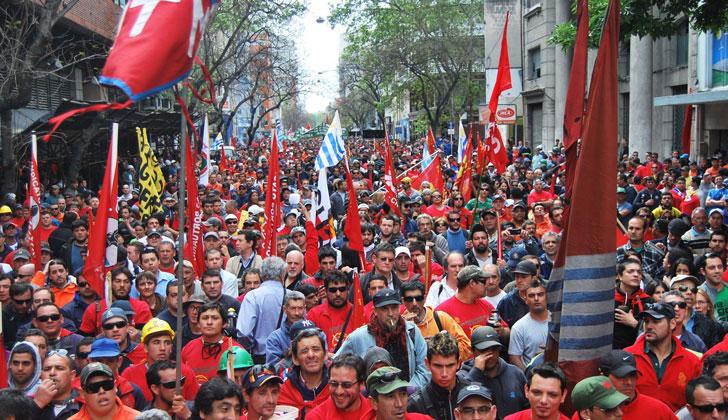 Trabajo en Uruguay: mejores salarios, más empleos y derechos en seguridad social